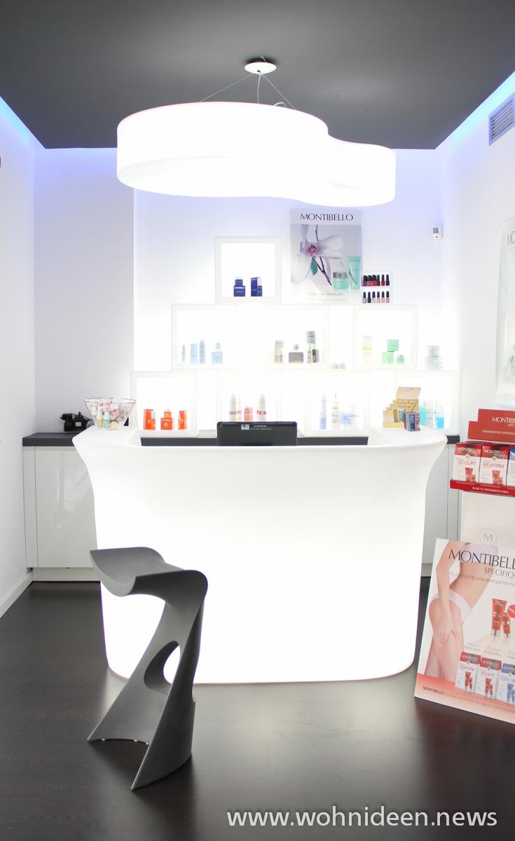Büromöbel mit Stil Die beleuchteten Büromöbel lassen Ihren Arbeitsbereich in einem neuen Glanz erstrahlen - Loungemöbel Beleuchtet