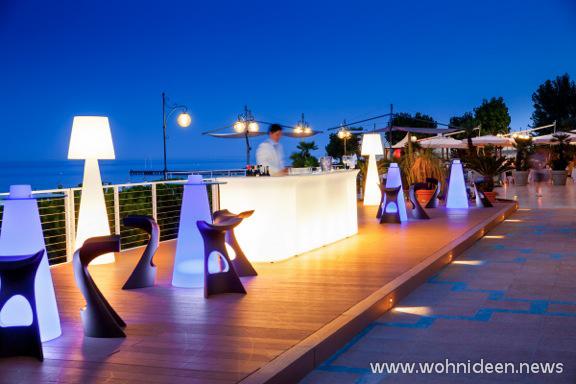 Beleuchtete Möbel und Lichtmöbel - SLIDE Design