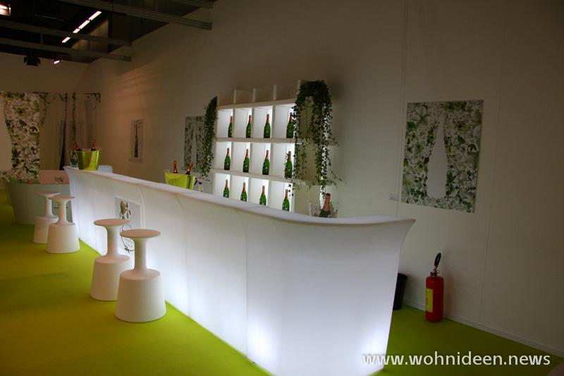Der Eventausstatter bei Graf Eventausstattung mit LED Mobili - Loungemöbel Beleuchtet