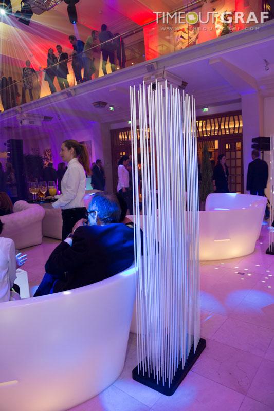 Trennwand für die Lounge Einrichtungsideen - Raumteiler