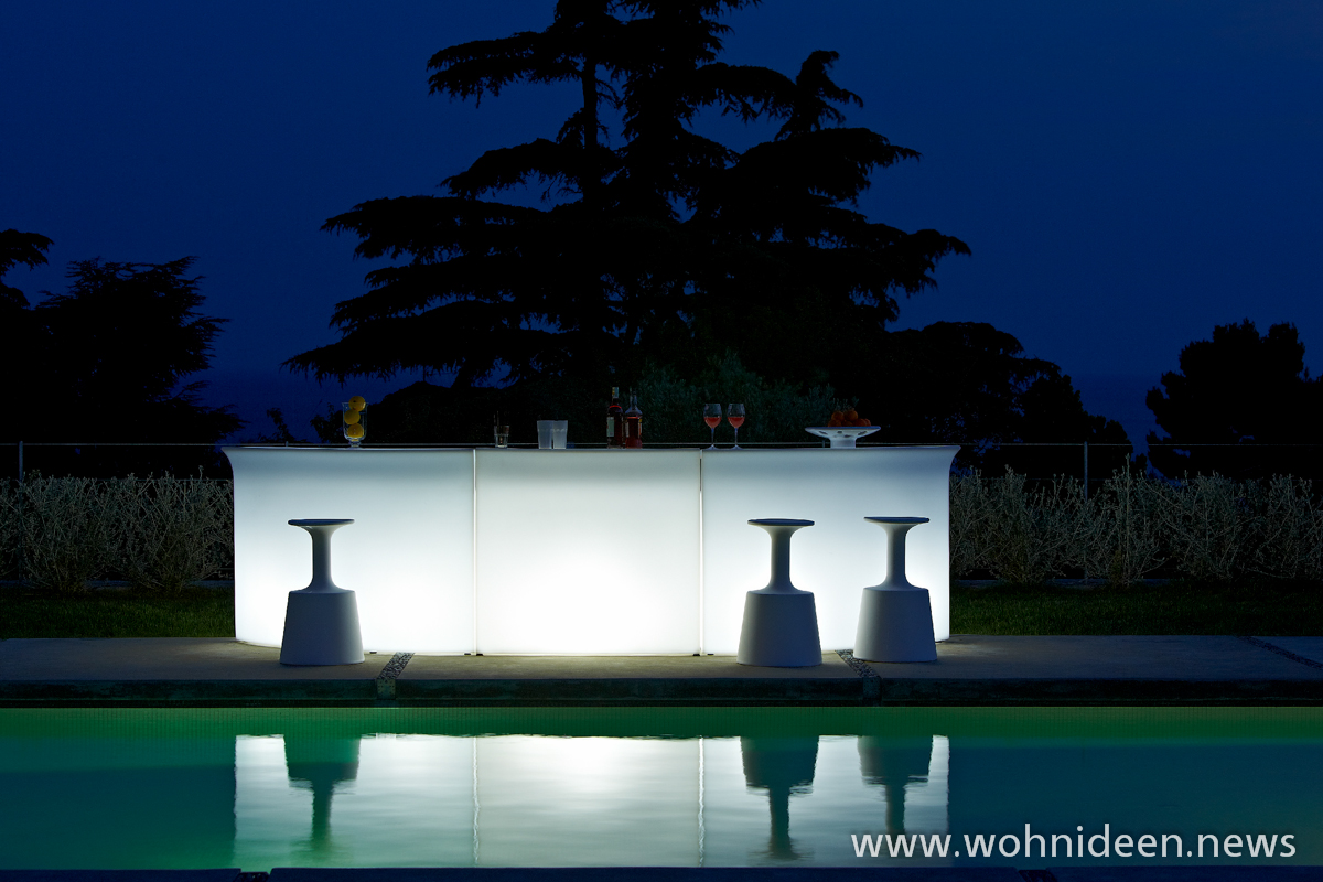 beleutete LED BAR für den Pool - Loungemöbel Beleuchtet