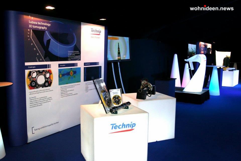 01 slide galleria events technip 2013 cubo swish leuchtmöbel - Leuchtwürfel Sitzwürfel Hocker beleuchtet