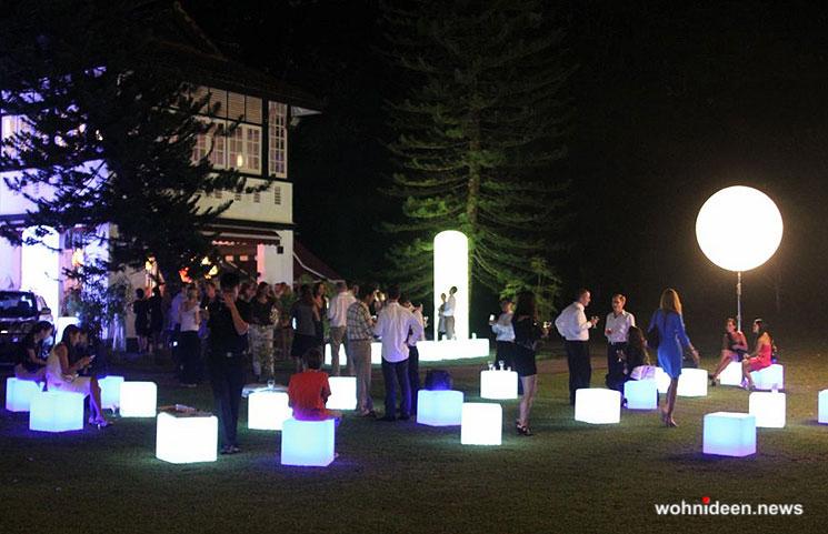 Cube LED Sitzwürfel Moree und slide design - CUBO Leuchtwürfel | Sitzwürfel beleuchtet