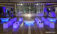 Hochwertiger Sitzwürfel Wetterfest - CUBO Leuchtwürfel | Sitzwürfel beleuchtet
