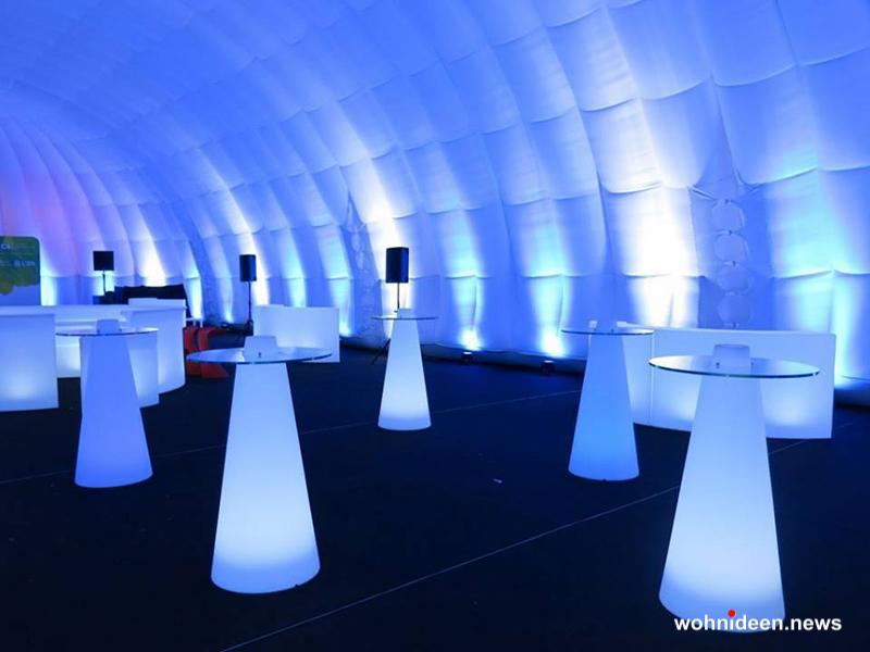 Outdoor Sitzwürfel Dekowürfel für draußen - CUBO Leuchtwürfel | Sitzwürfel beleuchtet