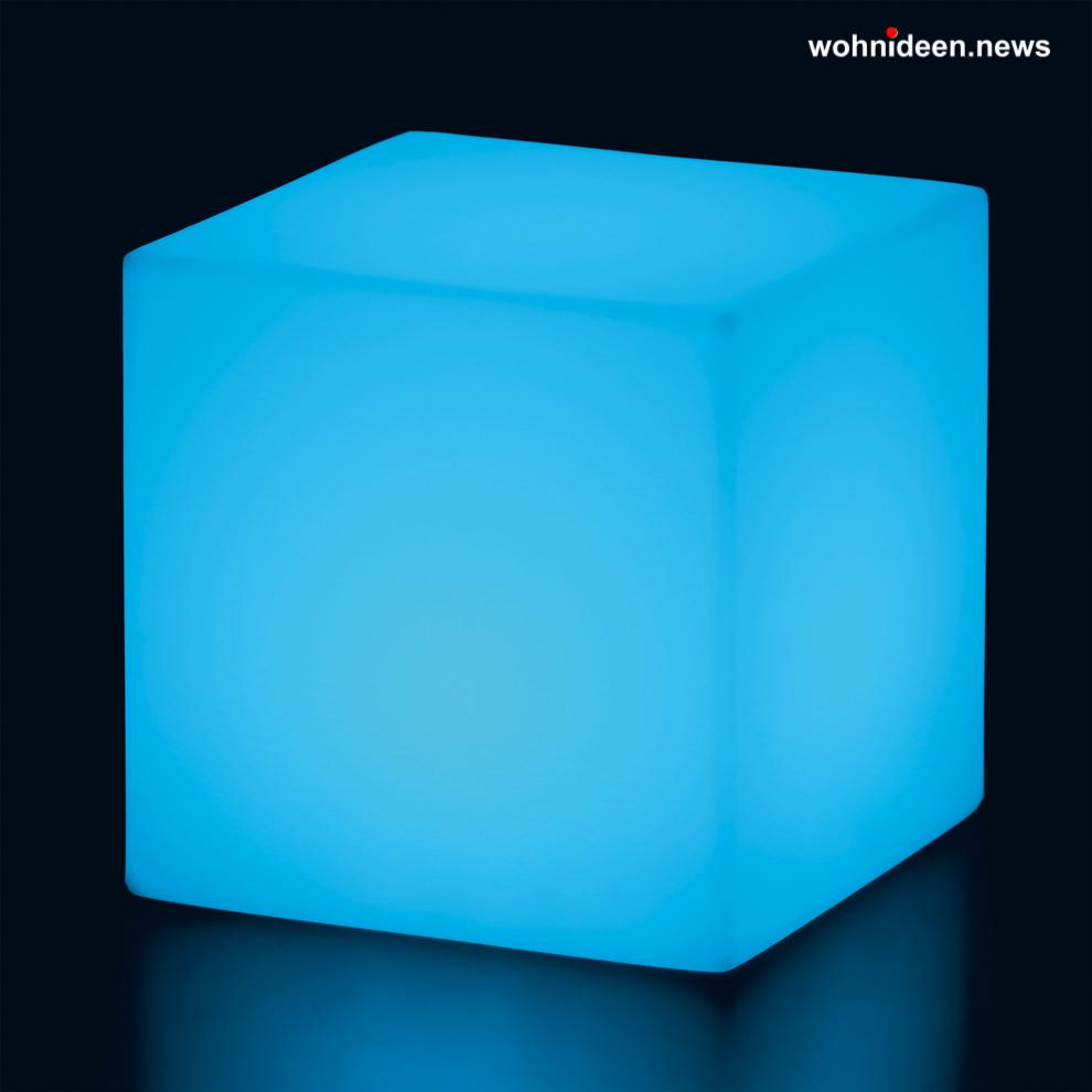 hellblaue leuchtwürfel slide cubo led sitzwürfel shop - LED Möbel + Beleuchtete Möbel + Leuchtmöbel Shop