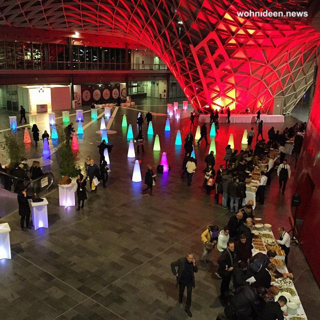 leuchtwürfel fiera milano - LED Möbel + Beleuchtete Möbel + Leuchtmöbel Shop