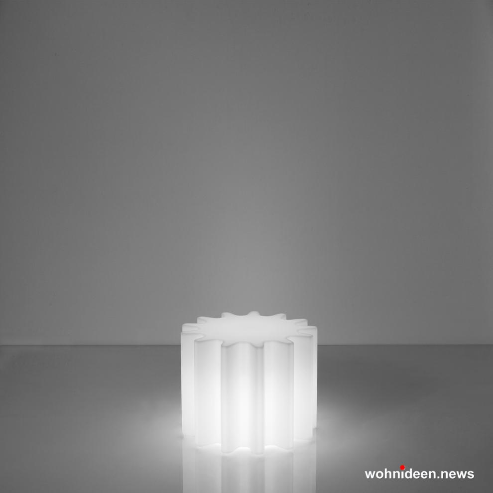 loungemöbel beleuchtet gear lighting light white sfondo - Loungemöbel Outdoor Wetterfest