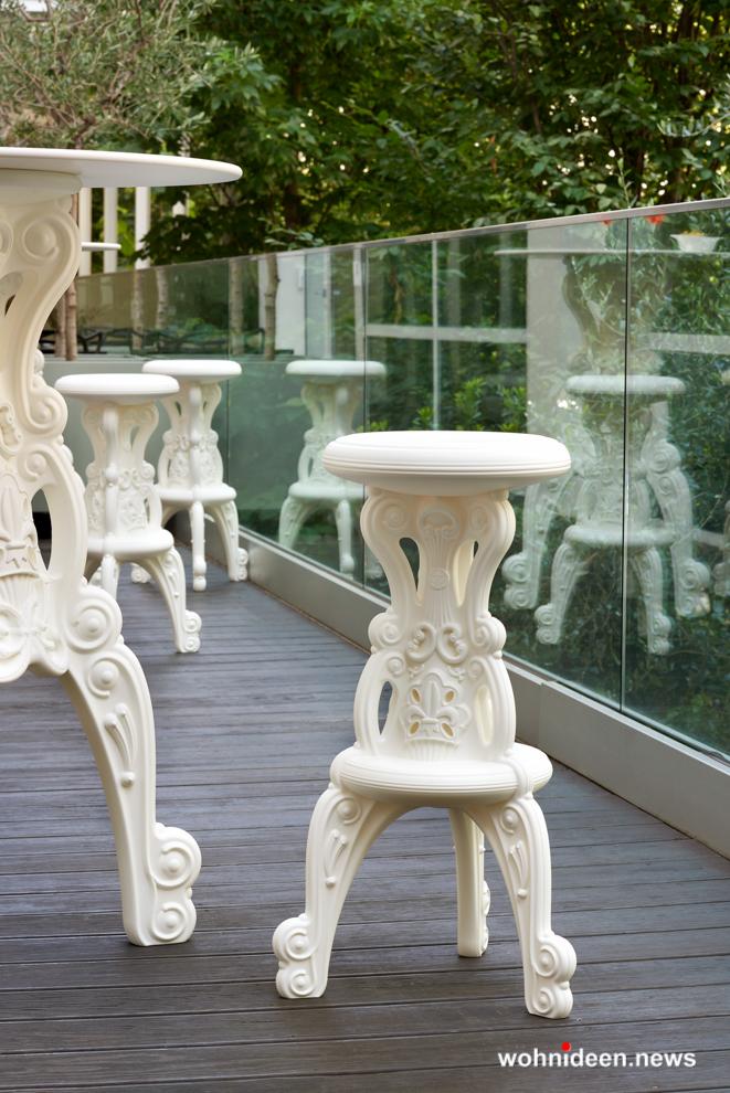 loungemöbel beleuchtet high stool mister of love1 - Hochwertige beleuchtete Outdoor Loungemöbel