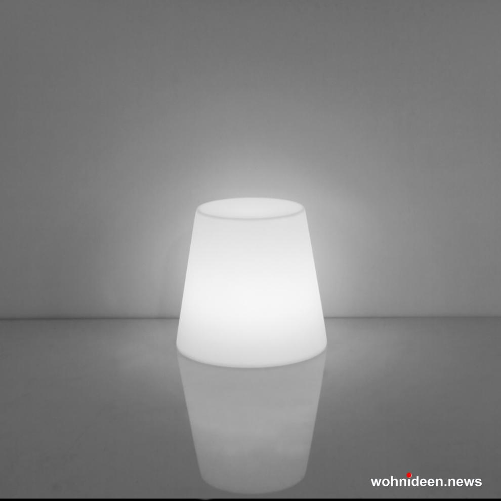 loungemöbel outdoor ali baba stool lighting light white sfondo - Beleuchtete Loungemöbel & Beleuchtete Outdoor Möbel