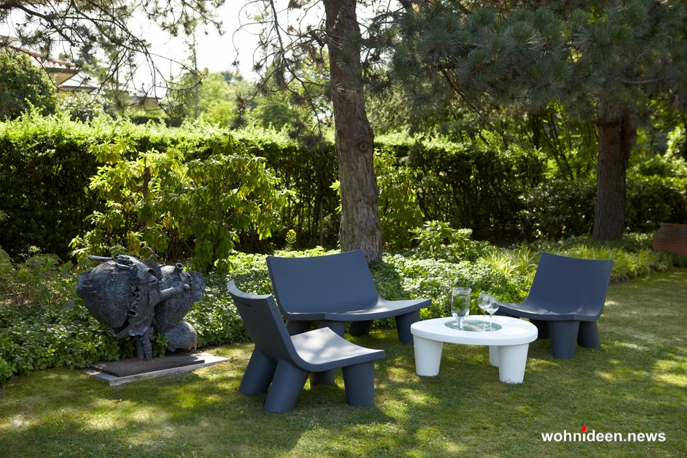 loungemöbel outdoor wetterfest low sofa lita 2 - Kunststoffmöbel Lounge Möbel aus Kunststoff