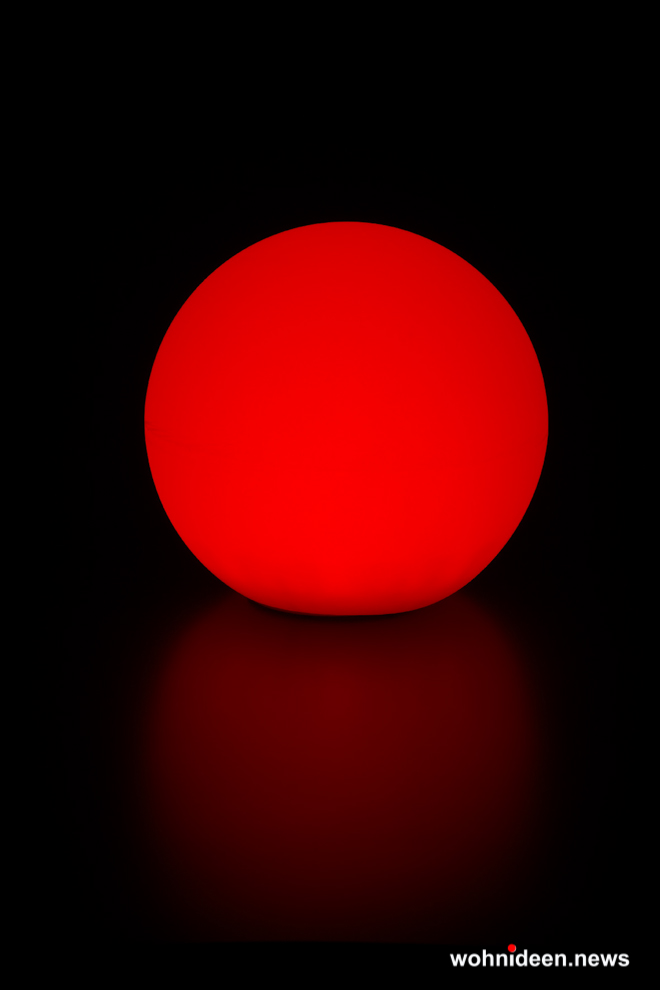 rote Leuchtkugeln Slide - Kugelleuchte & Kugellampe