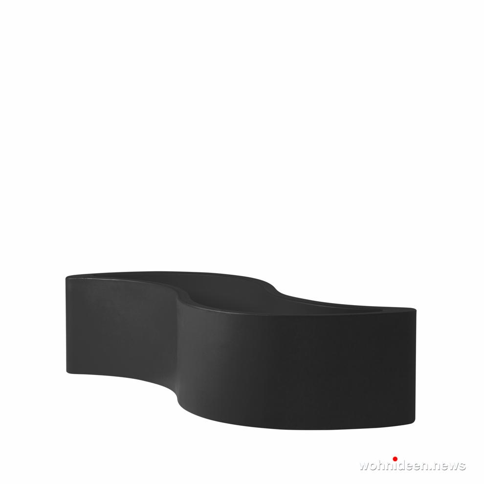 ausgefallene blument pfe und vasen f r drau en wohnideen. Black Bedroom Furniture Sets. Home Design Ideas
