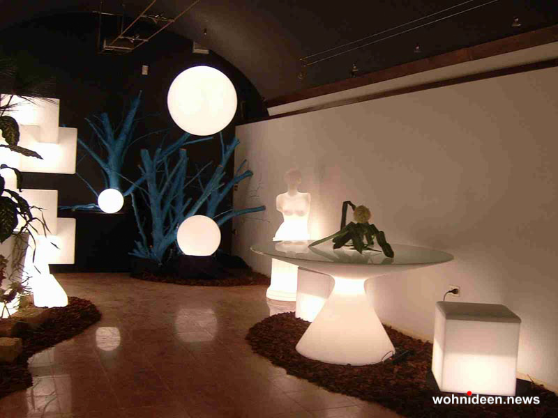 sitzwürfel beleuchtet Slide slide - CUBO Leuchtwürfel | Sitzwürfel beleuchtet