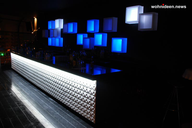 slide contract club 2011 zoo club cipro open cube leuchtmöbel - Leuchtwürfel Sitzwürfel Hocker beleuchtet