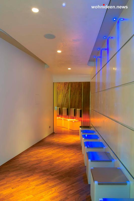 slide contract hotel 2008 alessandro marchelli design kubo1 leuchtmöbel - Leuchtwürfel Sitzwürfel Hocker beleuchtet