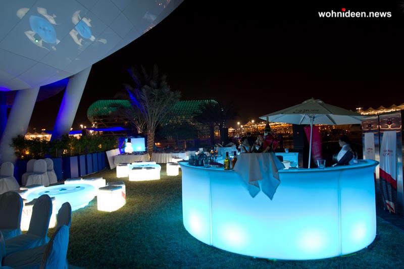 slide fairs events 2011 f1 event dubai kubo break bar leuchtmöbel - Leuchtwürfel Sitzwürfel Hocker beleuchtet