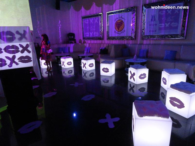 slide fairs events 2012 mikyajy party dubai cubo 1 leuchtmöbel - Leuchtwürfel Sitzwürfel Hocker beleuchtet