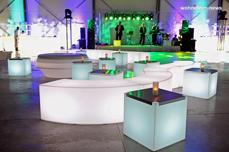 slide galleria eventi best events catering NewopeningComplex Kiev snake gio pouf 3 leuchtmöbel - Leuchtwürfel Sitzwürfel Hocker beleuchtet