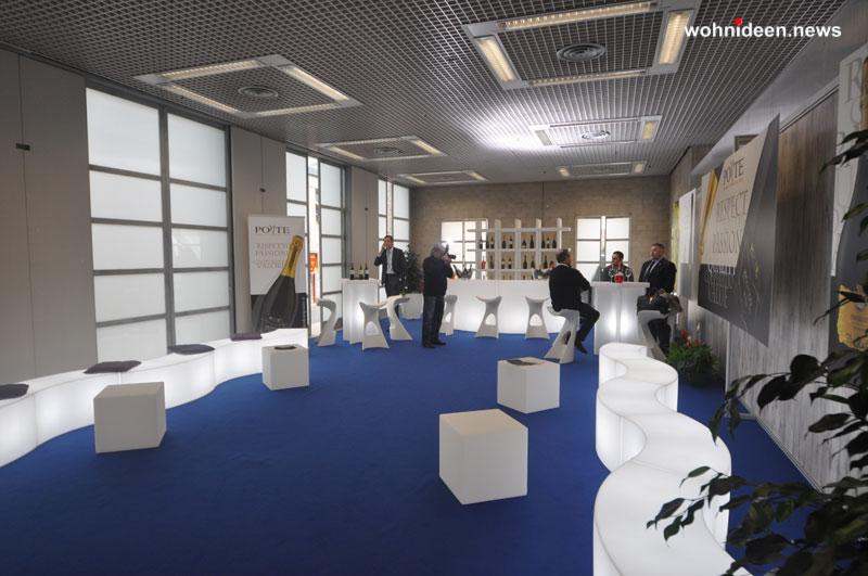 slide gallery events 2013 forum dei consumi fuori casa villa erba cernobbio koncord mybook x2 snake cube leuchtmöbel - Leuchtwürfel Sitzwürfel Hocker beleuchtet