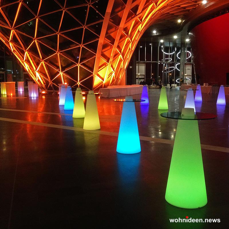 stehtische beleuchtet - Sitzwürfel beleuchtet Hocker Leuchtwürfel