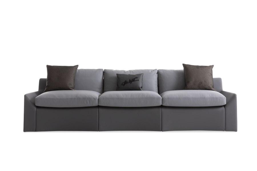 10 Bugatti Home Chiron sofa - BUGATTI HOME | SALONE DEL MOBILE 2019