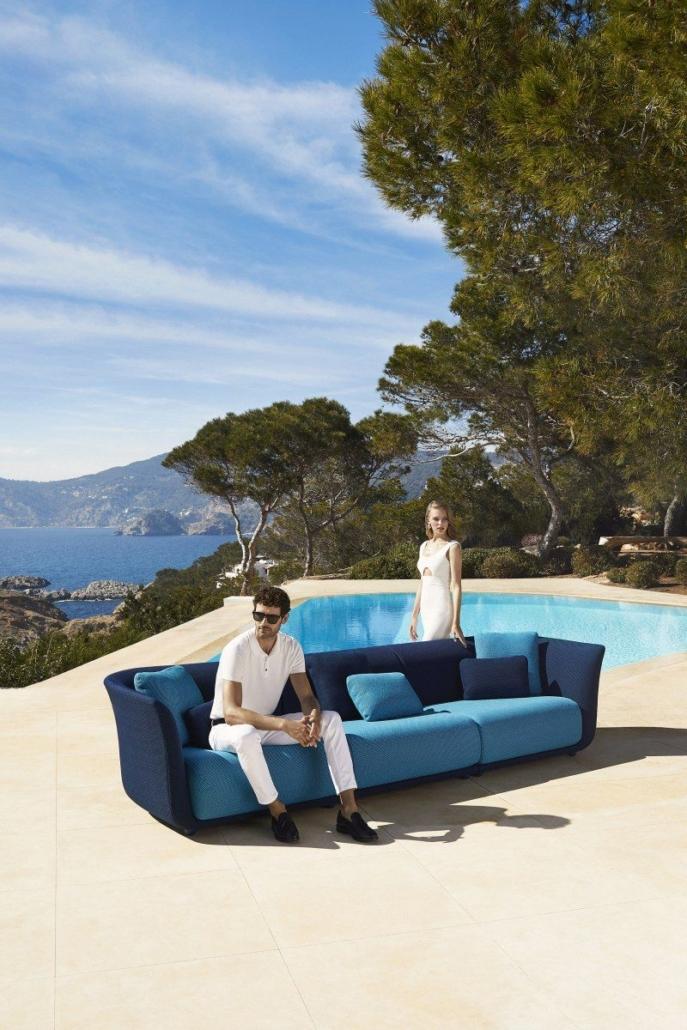 121 Vondom Suave Collection Sofa by Marcel Wanders 16 687x1030 - Suave macht Außenbereiche zu einzigartigen Wohlfühloasen