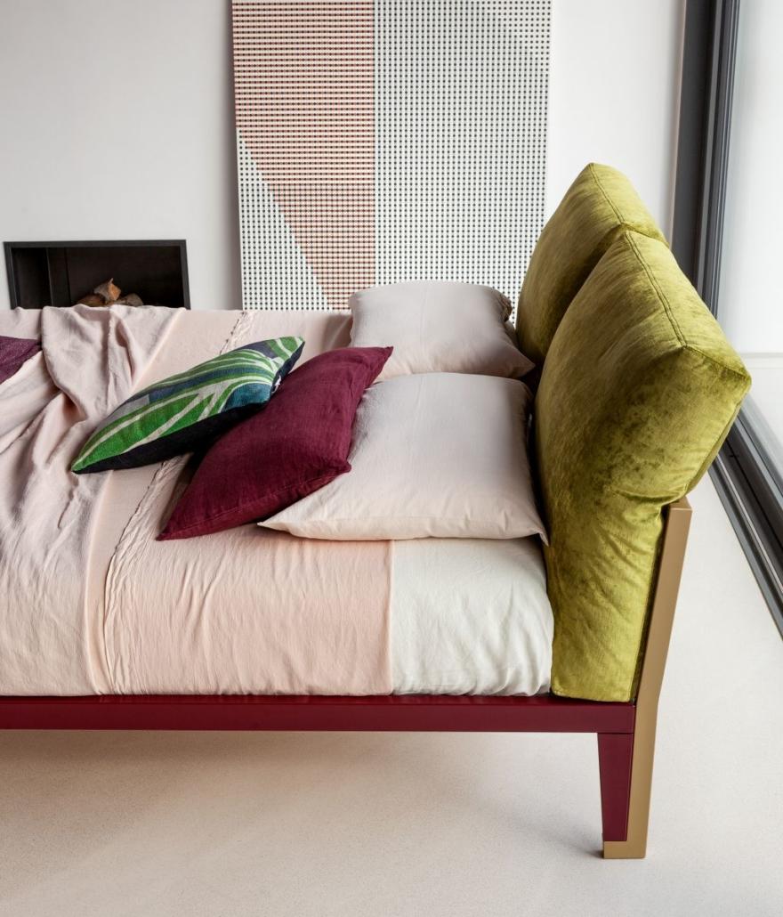301 Bonaldo Moglie e Marito 4 880x1030 - Betten von Bonaldo für himmlische Nächte