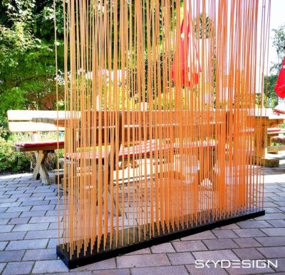 Bambus Sichtschutz mit schwarzer PE Basis - Gartengestaltung: Sichtschutz Garten Ideen