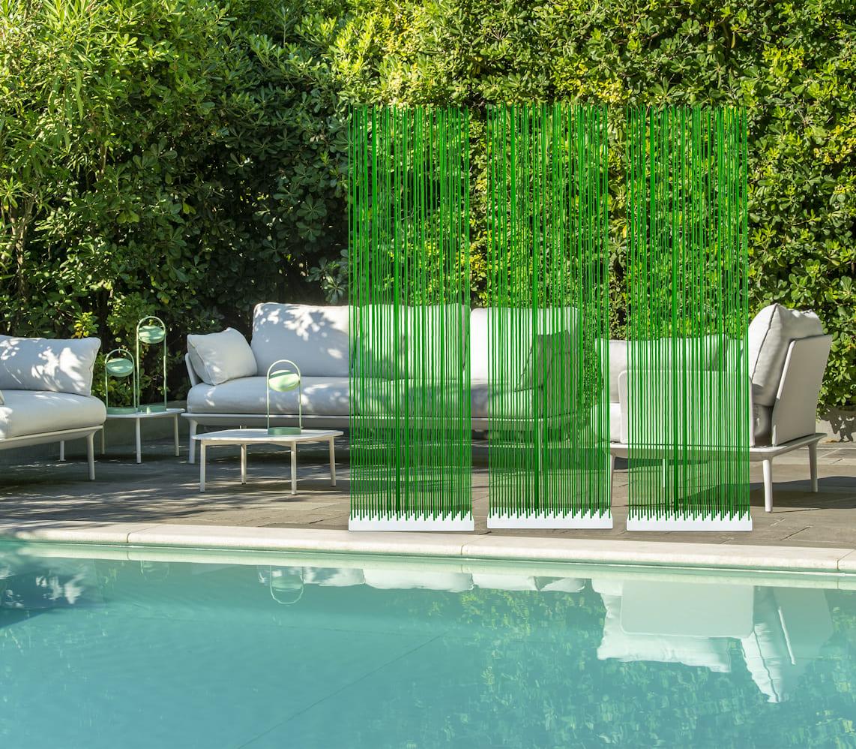 Poolmobel Sichtschutz In Grun Fur Den Garten Und Pool Wohnideen