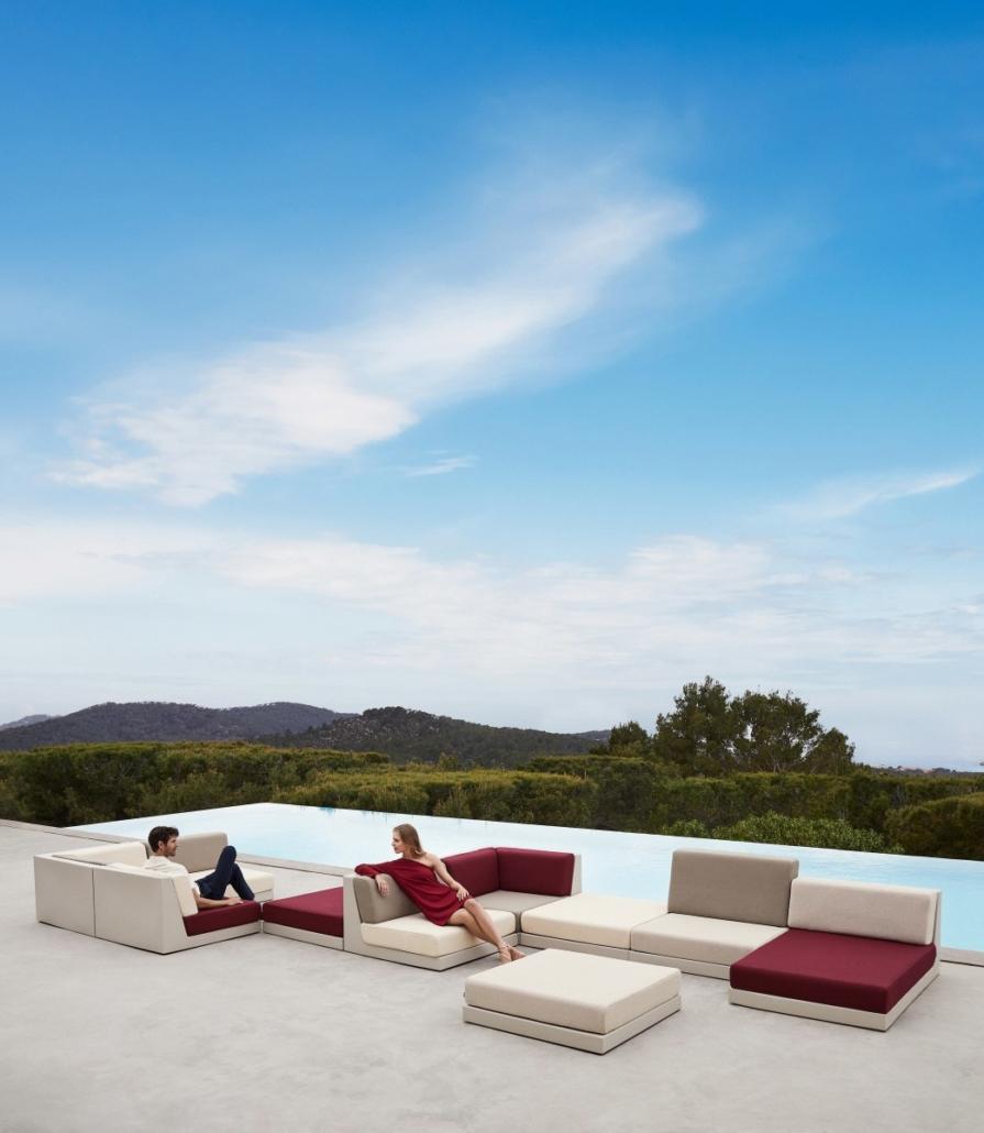 vondom pixel designer outdoor furniture ramon esteve 1 895x1030 - Outdoor Möbel VONDOM PIXEL-Kollektion