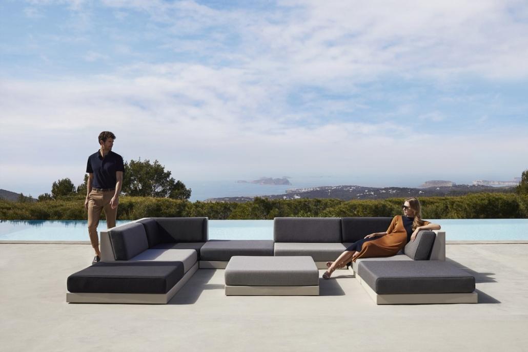 vondom pixel designer outdoor furniture ramon esteve 3b 1 1030x687 - Outdoor Möbel VONDOM PIXEL-Kollektion