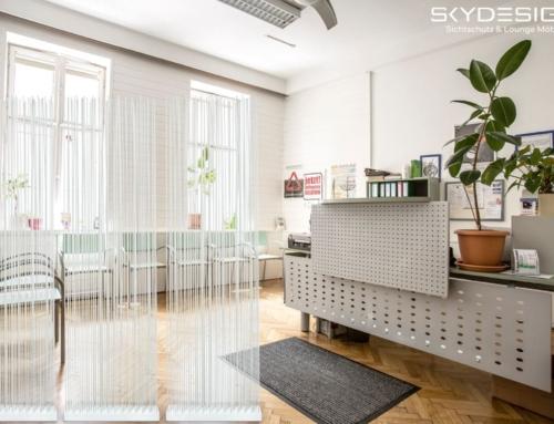 Wartezimmer Einrichtung: Die perfekte Ordination mit dem skydesign Raumteiler