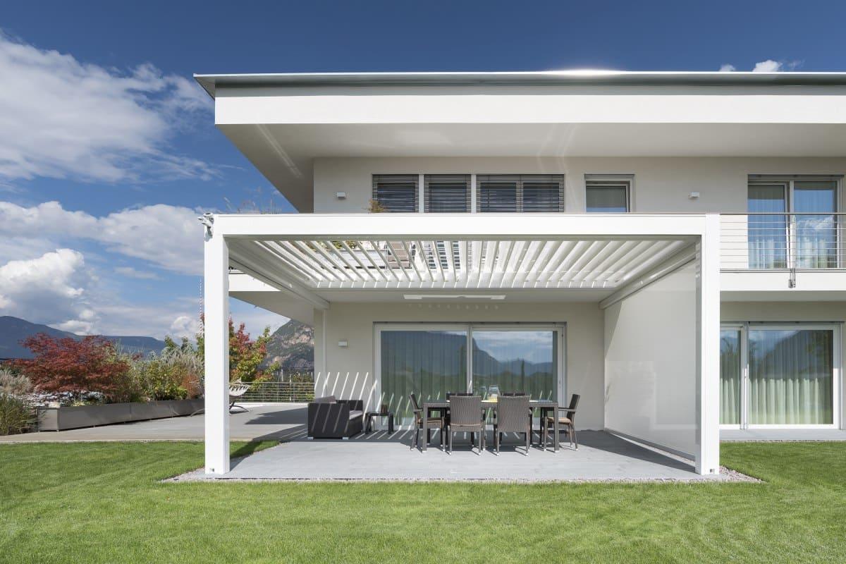 terrassenüberdachung alu mit beschattung Kedry Prime - Designer Pergola mit verstellbaren Lamellen