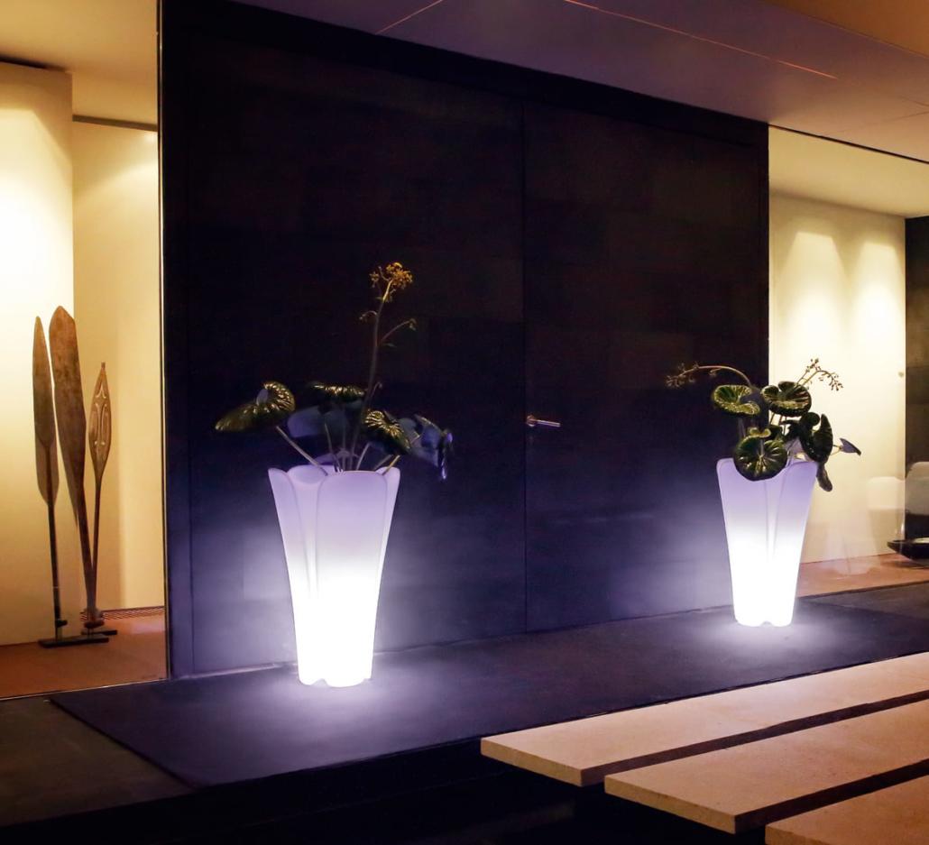 Vasen Pflanzgefäße online bestellen VONDOM PEZZETTINA 6 Vasen Blumenvasen Blumengefaesse 1030x937 - Vasen Shop Design Pflanzgefäße | Blumentöpfe mit Licht