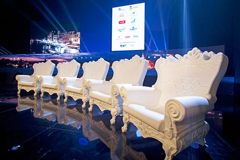 Grosse Barock Sessel Kunststoff Weiss - Barock Stuhl aus Kunststoff in verschieden Farben | Design of Love