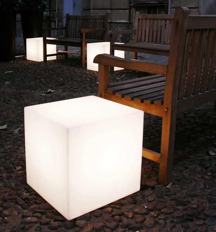 sitzwürfel outdoor 1 - Cube Würfel beleuchtet