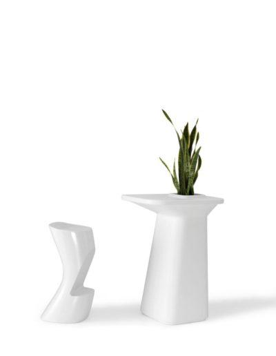 Bodenvasen Terrasse Beleuchtete Vasen 127 Skydesign 400x516 - Bodenvase Groß