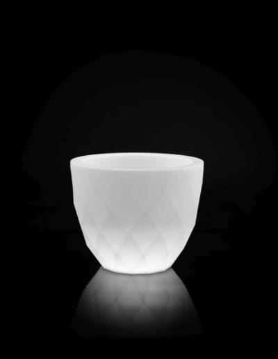 Bodenvasen Terrasse Beleuchtete Vasen 155 Skydesign 400x516 - Bodenvase Groß