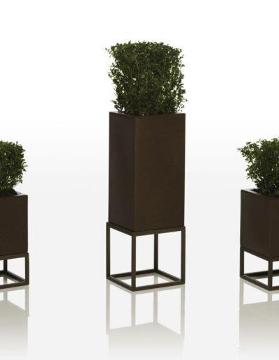 Bodenvasen Terrasse Beleuchtete Vasen 182 Skydesign 400x516 - Bodenvase Groß