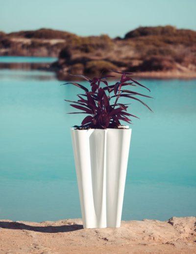 Bodenvasen Terrasse Beleuchtete Vasen 86 Skydesign 400x516 - Bodenvase Groß