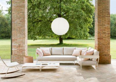 Terrassenmoebel Beleuchtung Pendelleuchten Kugelform 1 400x284 - Leuchtkugeln