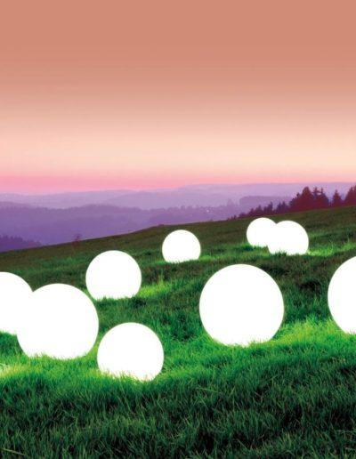 ausgefallene beleuchtung garten kugellampen wasserfest 400x516 - Kugelleuchten Garten