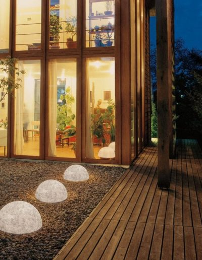 halbkugeln bodenkugeln halbrund outdoor 400x516 - Kugelleuchten Garten
