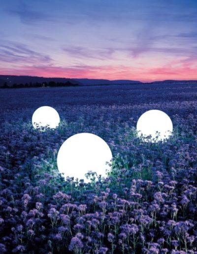 kugeln beleuchtet garten lavendel 400x516 - Kugelleuchten Garten