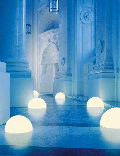 luxus leuchtkugeln halbrund kugellampen 400x516 - Kugelleuchten Garten