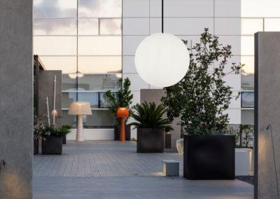 terrasse beleuchtung ideen kugelleuchten 1 400x284 - Leuchtkugeln